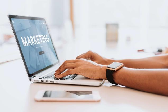 Blogging vs Content marketing